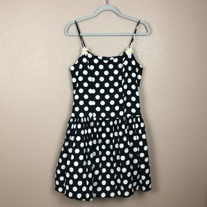 Vintage polka dot daisy dress